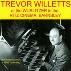 Trevor Willetts at the Wurlitzer in the Ritz Cinema, Barnsley (2011)